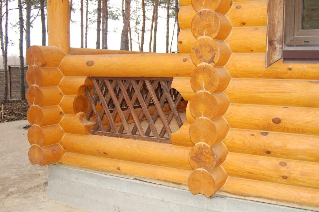 Краска оттенка ROG 0200, которая использовались для внешней отделки дома